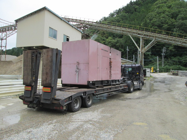 三菱重工業製 仮設型 移動電源車 MGP875 727 kVA