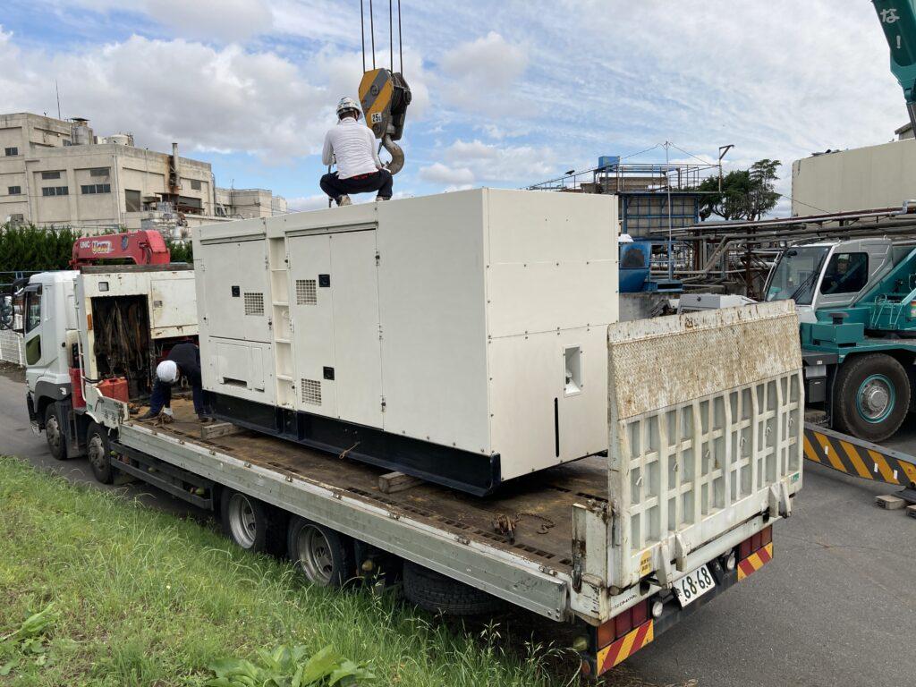 デンヨー製 仮設型 移動電源車 DCA400SSi 400 kVA