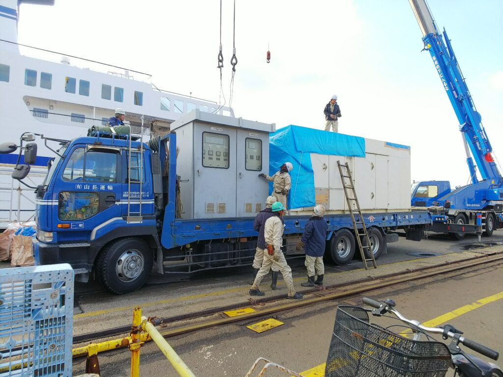 デンヨー製 仮設型 移動電源車 DSG725SSAM 700 kVA