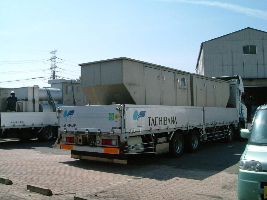 エイコー製 仮設型 移動電源車 ESG185SK 462.6 kVA (231.3 kVA x 2 set)