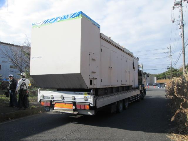日立製作所製 仮設型 移動電源車 JP500 650 kVA