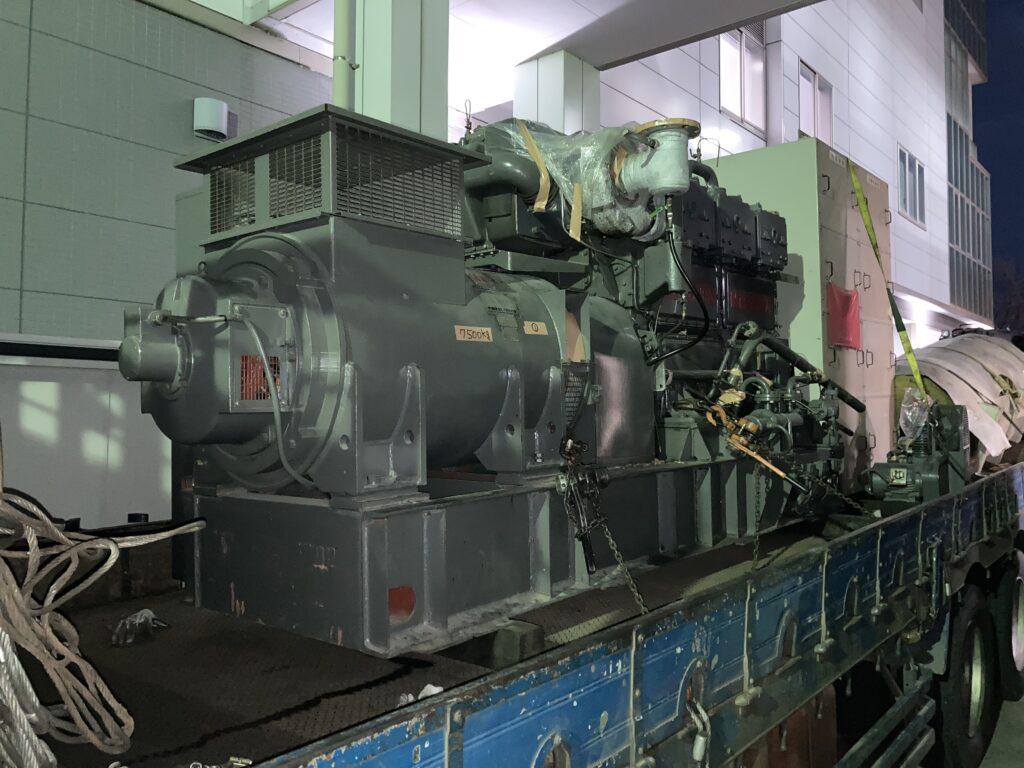 新潟鐵工所製 仮設型 移動電源車 6L16X-4 500 kVA