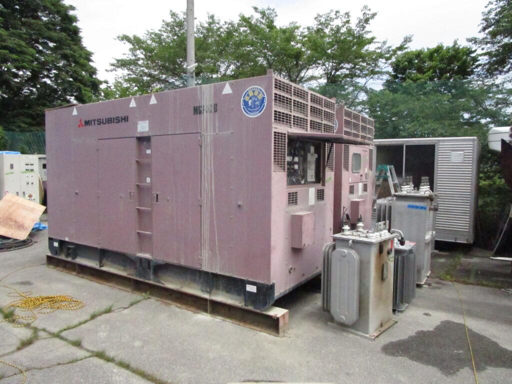 三菱重工業製 可搬形発電機 MGP520C 888 kVA (444 kVA x 2 set)